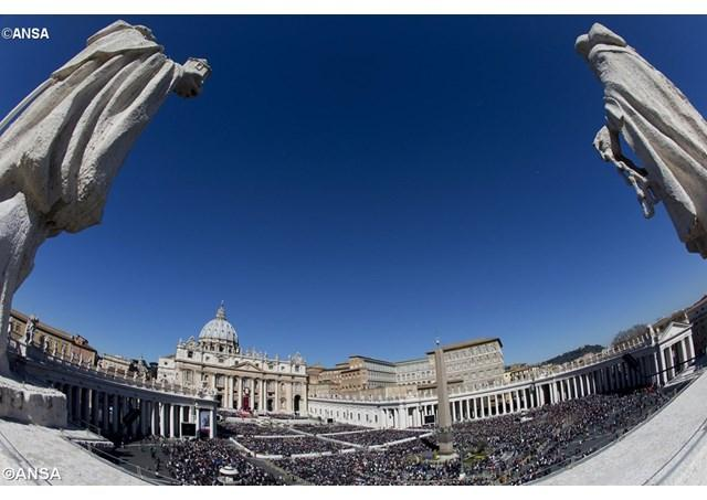"""PS Virgil Bercea la Radio Vatican: tineri, Jubileu si speranta"","