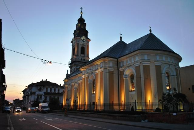 Bihor: Catedrala greco-catolica 'Sfântul Nicolae' din Oradea îsi sarbatoreste hramul,