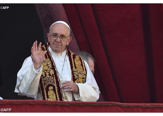 """Urbi et Orbi"". Papa Francisc: numai milostivirea lui Dumnezeu elibereaza omenirea de rau,"