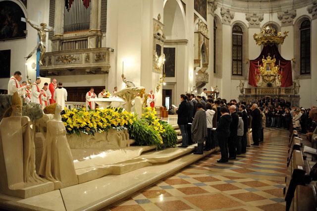 Veghe misionara la Padova,