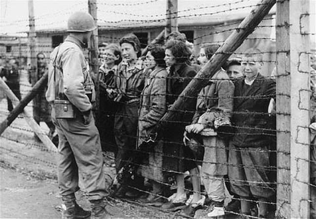 Ziua Internationala de Comemorare a Victimelor Holocaustului,