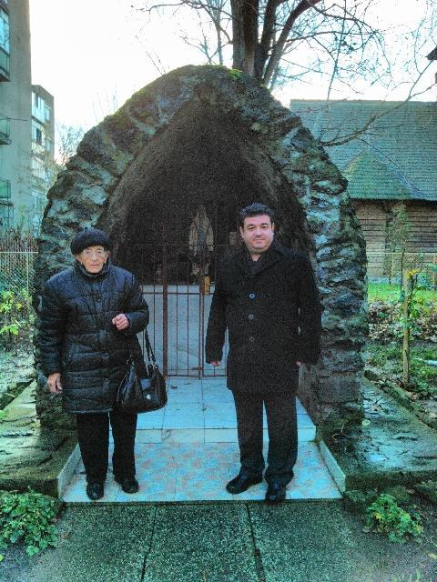 A trecut la Domnul mama parintelui protopop Mihai David,