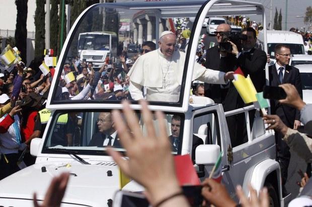 """""""NU îngâmfarii, avutiilor si orgoliului. Papa, la Centrul de studii Ecatepec"""","""