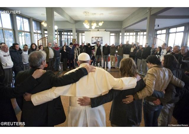 Vinerea milostivirii. Papa în mijlocul persoanelor supuse sclaviei drogurilor,