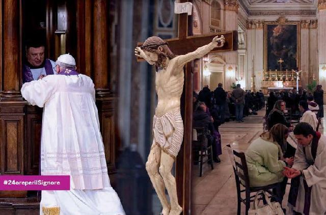 """Papa Francisc participa la """"24 de ore pentru Domnul"""","""