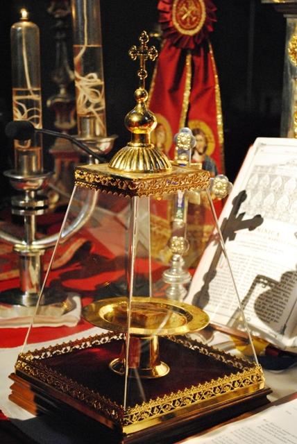 """Adoratie Euharistica în Catedrala """"Sfântul Nicolae"""","""