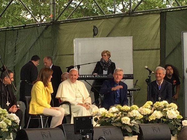 Vizita surpriza a Papei Francisc în Villa Borghese din Roma,