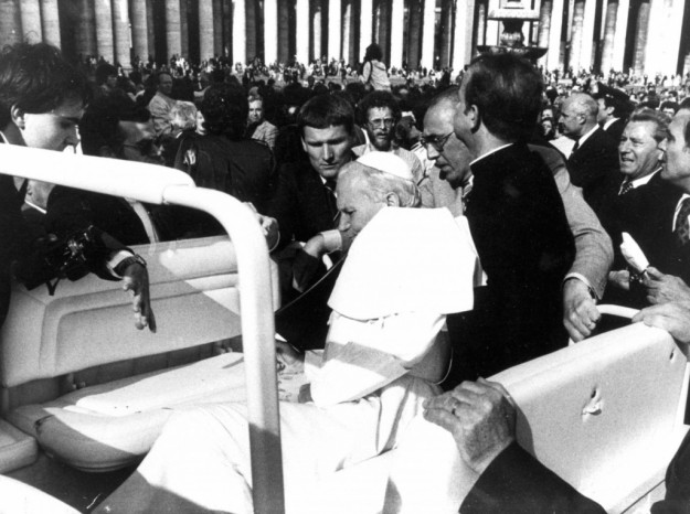 Atentatul asupra Papei Ioan Paul al II-lea: relatarea unui martor,