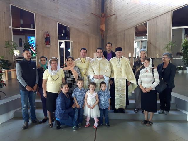 Prima Sfânta Liturghie la Rosignano Marittimo (Italia),