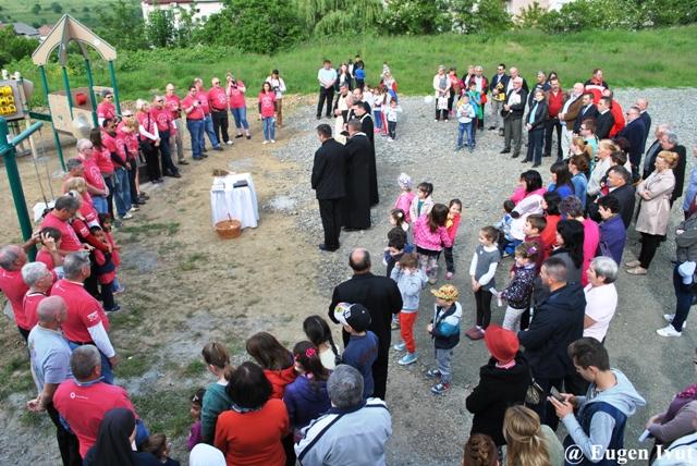 Sfintirea parcului de joaca pentru copii din cartierul Dumbrava-Zalau,