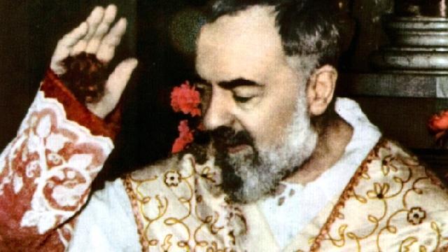 16 iunie 2002: Canonizarea lui Padre Pio,