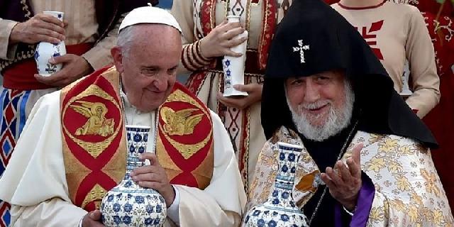 Declaratia comuna a Papei Francisc si a Catolicosului Karekin al II-lea,