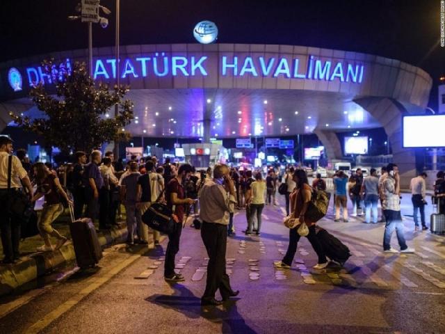 Papa Francisc despre atentatul din Istanbul,