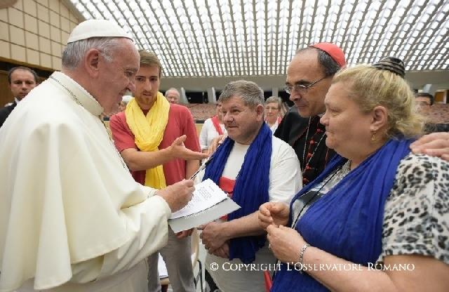 Discursul Sfântului Parinte Francisc adresat pelerinajului de saraci din diecezele franceze din provincia Lyon,