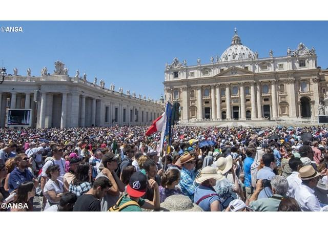 Apelul Papei: Nimeni sa nu mai îndrazneasca sa verse sângele fratelui sau!,