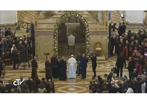 Iertarea de la Assisi continua sa genereze Rai: Papa Francisc la Portiuncula,