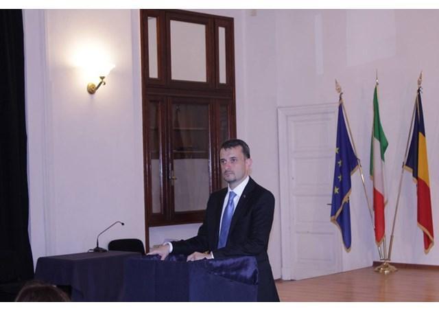 Celula de criza la Ambasada României dupa cutremurul din Italia: ambasadorul George Bologan,