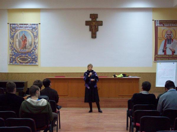 Conferinta pe tema casniciei la Seminarul Teologic,