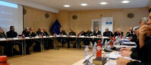 Sesiunea Plenara de Toamna a COMECE: Episcopii COMECE îngrijorati de cresterea miscarilor populiste în Europa,
