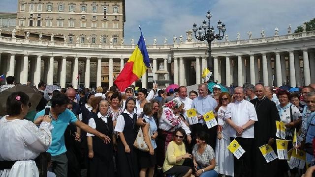 Papa Francisc saluta din nou pelerinii din România. Reflectie despre fiul risipitor,