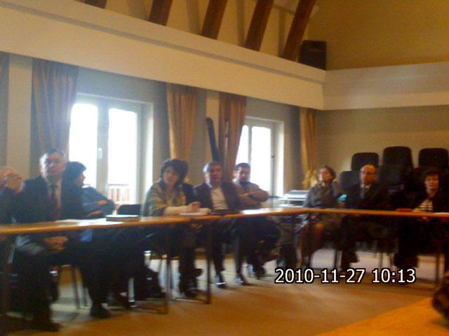 """Asociatia pentru Promovarea Excelentei în Conducere (APEC) – al optulea forum """"Crestinii în societate"""","""