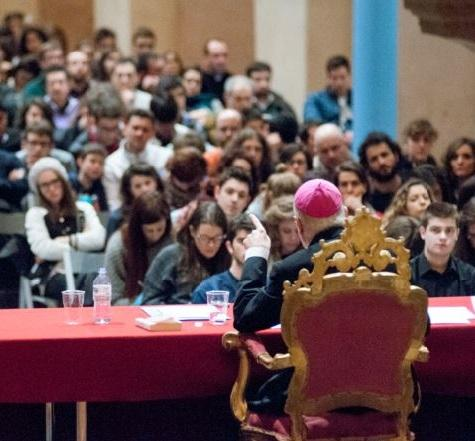"""""Tinerii, credinta si discernamântul vocational""- Sinodul Episcopilor din 2018"","