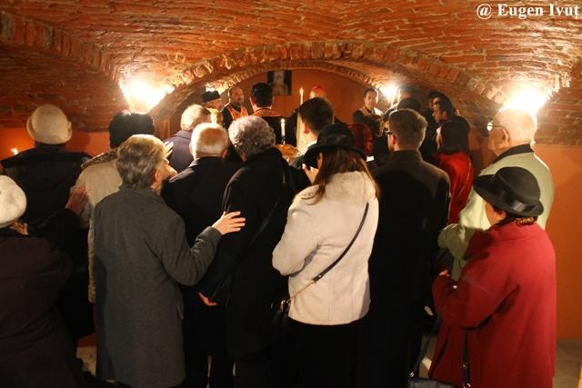 """Parastas în cripta Catedralei """"Sfântul Nicolae"""","""