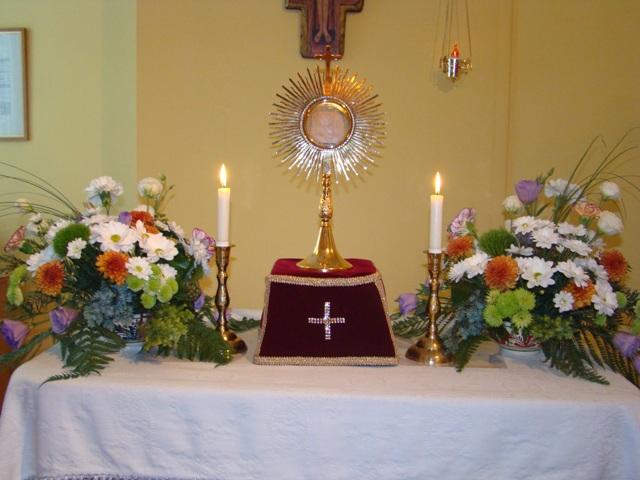 Seminaristii oradeni au facut 24 de ore de Adoratie Euharistica,