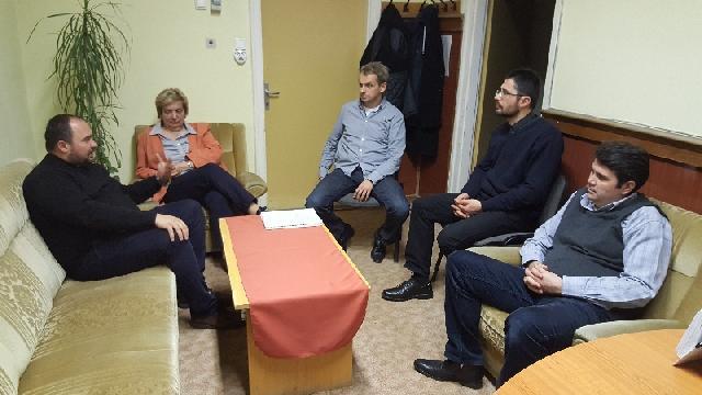 "Vizita a unei echipe din Liceul Greco-Catolic ""Iuliu Maniu"" la Debrecen,"