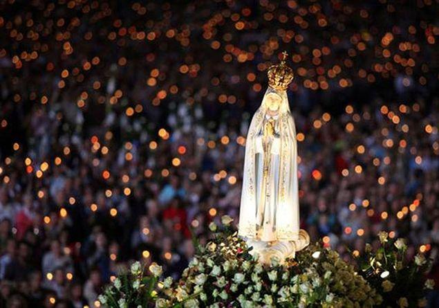 Trei cai de obtinere a indulgentei plenare la aniversarea aparitiilor de la Fatima,