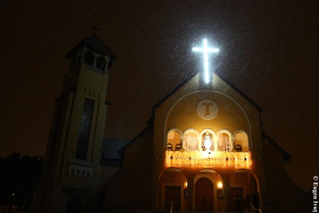 """""""Priveghere Penitentiala si spovezi la Oradea, în pregatirea Sfântului Craciun"""","""