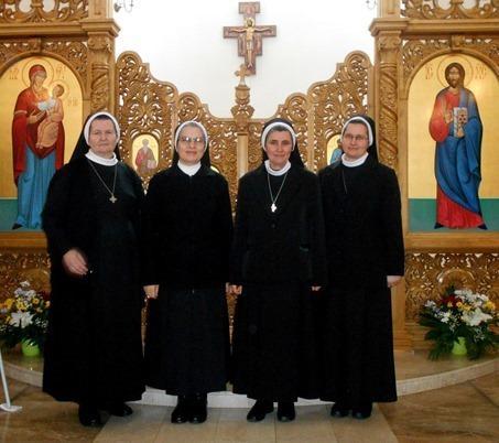 Noua conducere a Surorilor Baziliene (comunicat),