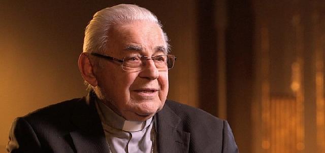 """""""A decedat Cardinalului Vlk, Arhiepiscop emerit de Praga"""","""