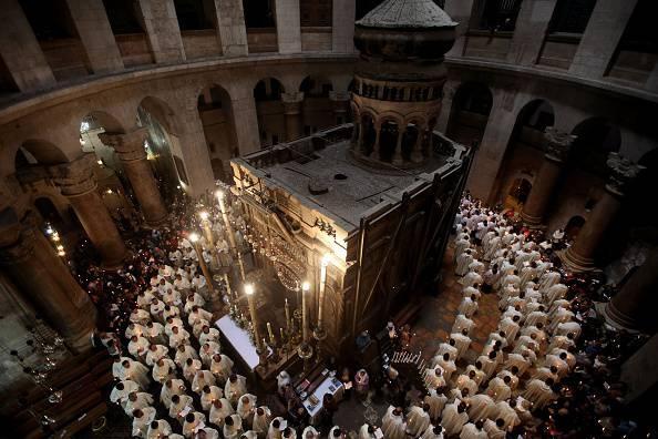 Sfântul Mormânt restaurat este din nou loc de rugaciune ecumenica,