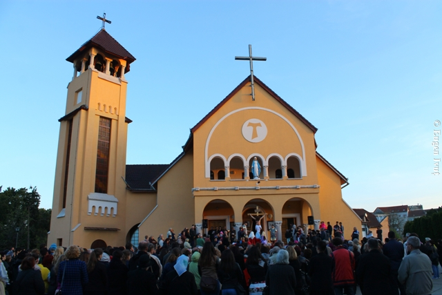 Calea Sfintei Cruci la Manastirea Franciscana,