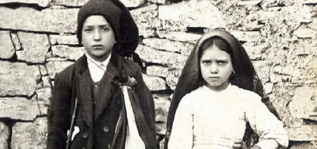 Jacinta si Francisco Marto vor fi canonizati pe 13 mai,