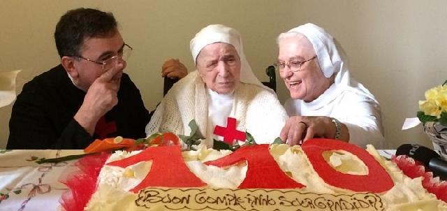 """Adio sorei Candida Bellotti, cea mai batrâna calugarita din lume"","