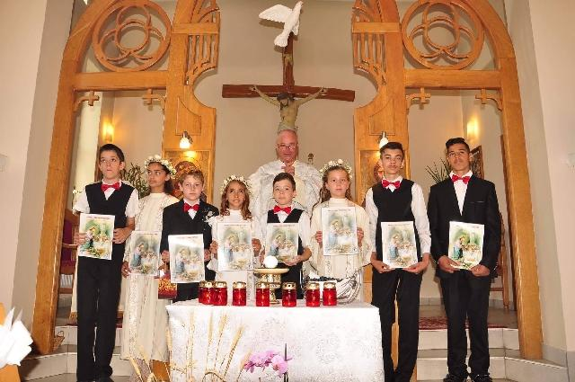Prima Sfânta Împartasanie la Parohia Sfântul Anton Carei,