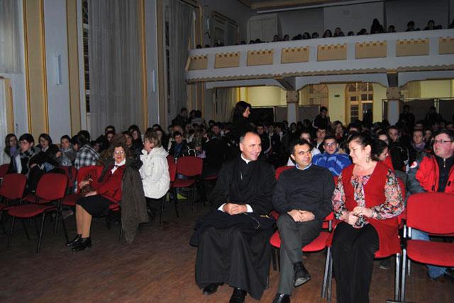 """Luceafarul poeziei românesti"" sarbatorit la Liceul Teologic Greco-Catolic,"
