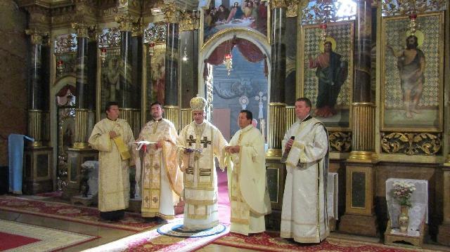 Numirea si înmânarea însemnelor noului Vicar General al Eparhiei de Oradea,
