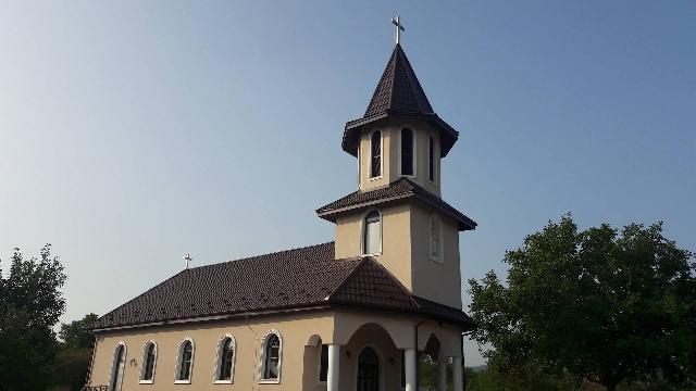 Invitatie: Sfintirea Bisericii din Valcaul de Sus,