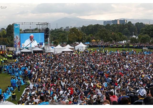 """Papa Francisc în Columbia. Sfânta Liturghie la Bogotá: """"Învingeti temerile care nu vin de la Dumnezeu!"""","""