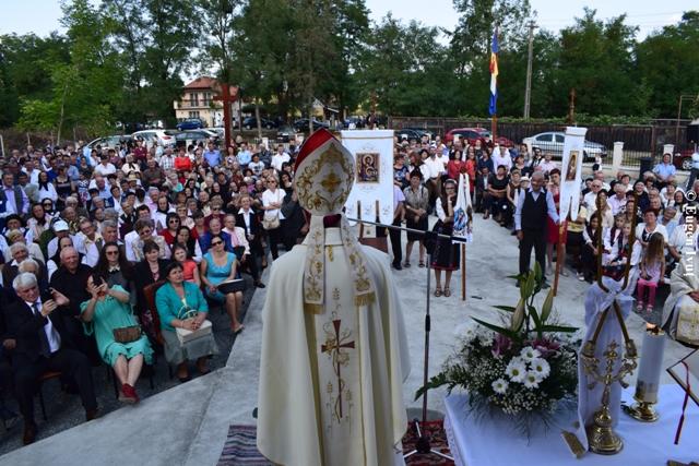 Cuvântul de învatatura al Nuntiului Apostolic la sfintirea Bisericii din Valcau de Sus,