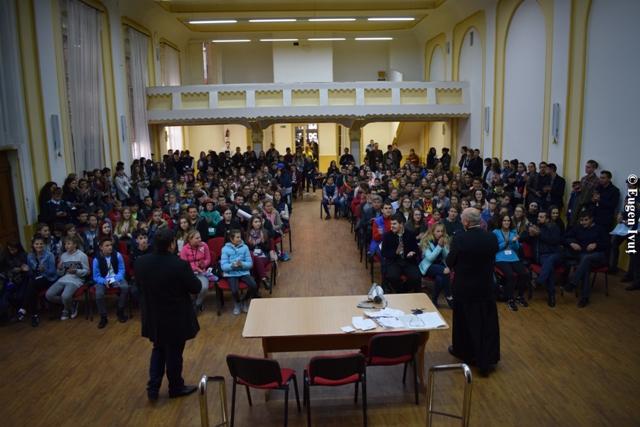 Întâlnirea eparhiala a tinerilor si spectacolul World Youth Hope,