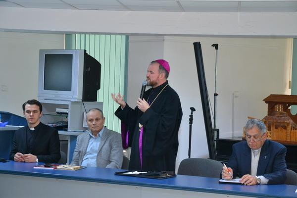 """""""PS Vasile la simpozionul din 13 octombrie: """"Atunci când vorbim despre Scoala Ardeleana, vorbim despre identitatea noastra"""""""","""