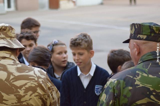 Ziua Armatei României în scoli,