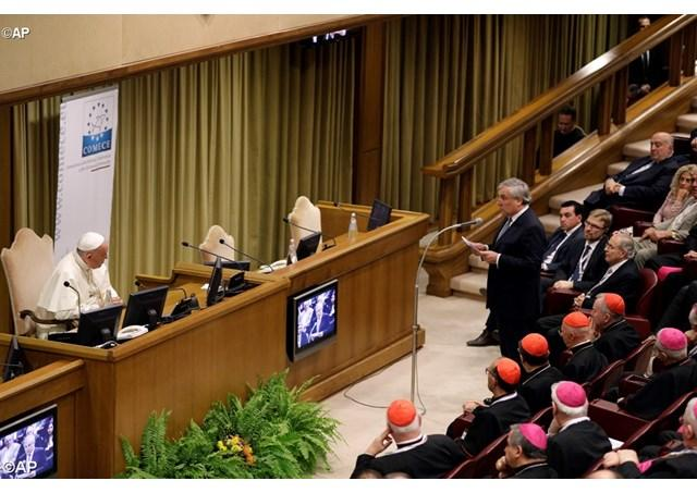 """A (re)gândi Europa"". Papa Francisc: Europa are viitor daca devine din nou o comunitate de persoane,"