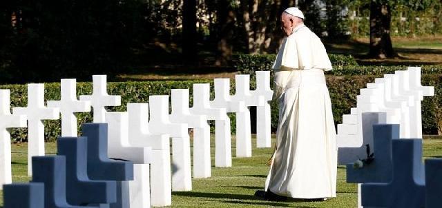 Papa Francisc s-a rugat pentru încetarea razboaielor,