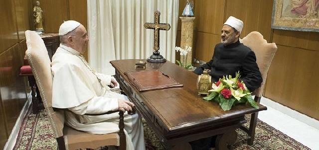 Marele imam de la al-Azhar îl întâlneste pentru a treia oara pe papa,
