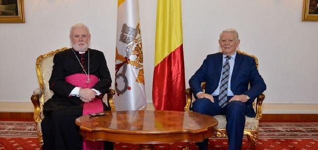 Perspectivele vizitei Papei Francisc în România pe agenda consultarilor bilaterale Sfântul Scaun – România,